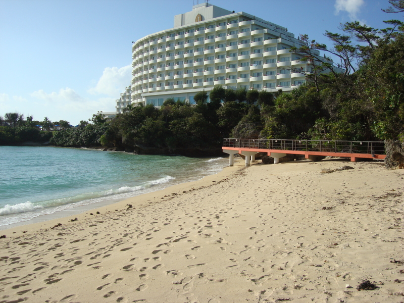 Manza Beach Resort Hotel
